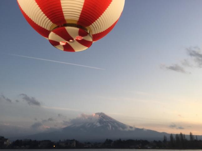 富士山 屋台船 河口湖 提灯