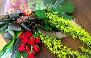 花束 アレンジメントフラワー バラ ブレイクスルー